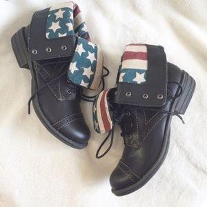 American Rag Combat Boots Size 7.5